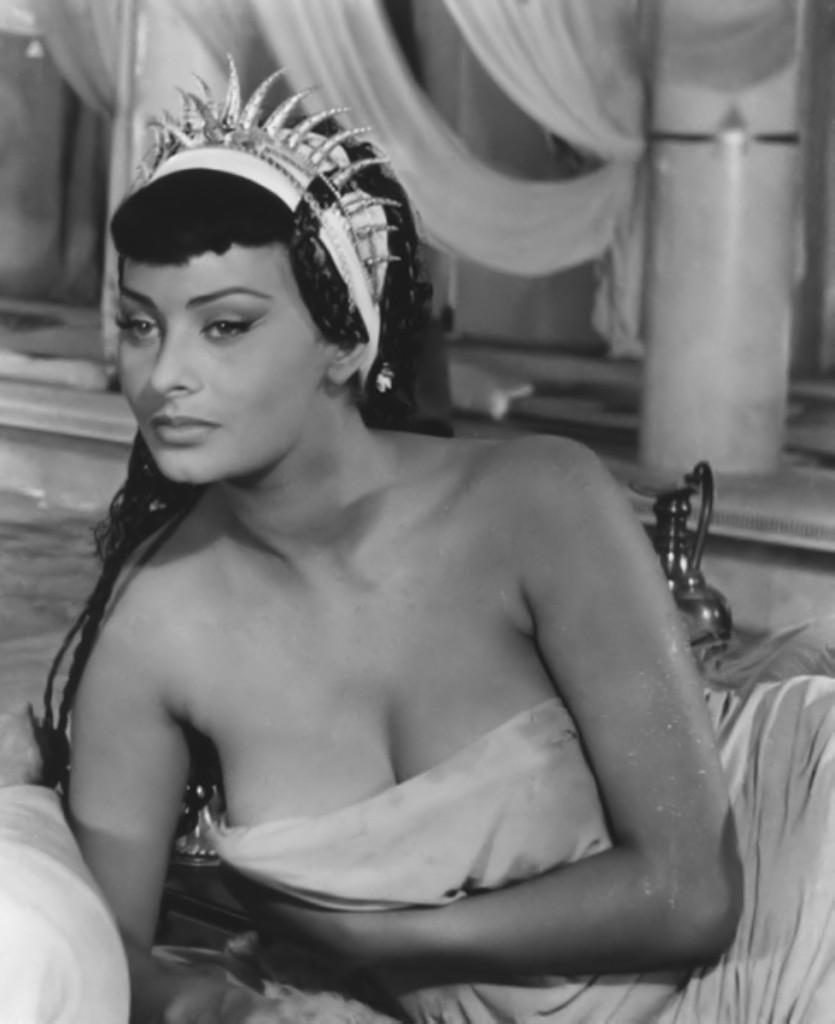 sophia-loren-due-notti-con-cleopatra-sl10